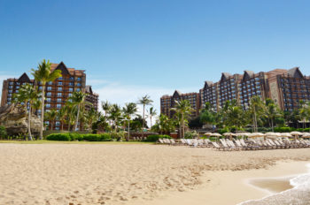 Aulani Named Best Luxury Accommodations at Inaugural Hawaii Lodging & Tourism Awards